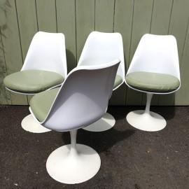 Vintage Saarinen Style White Tulip Chairs .