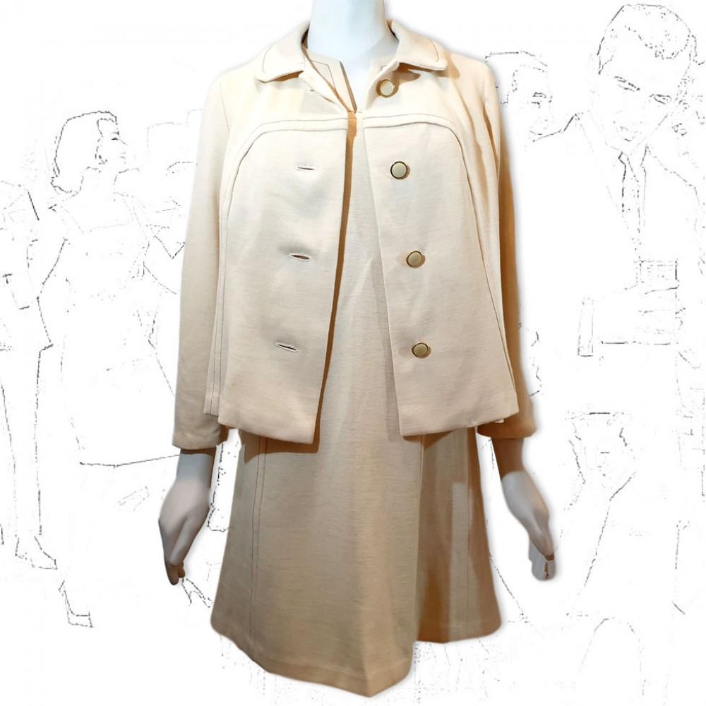 1960's Ladies Cream 2 Piece Suit