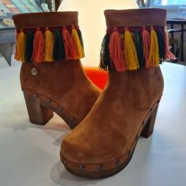 Ruga Fringed Suede Platform Boots